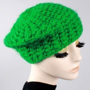 Vintage 60s 70s Crochet Knit Slouch Beret Hat